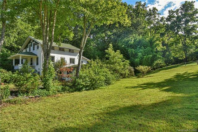686 Monte Vista Road, Candler, NC 28715 (#3647372) :: LePage Johnson Realty Group, LLC
