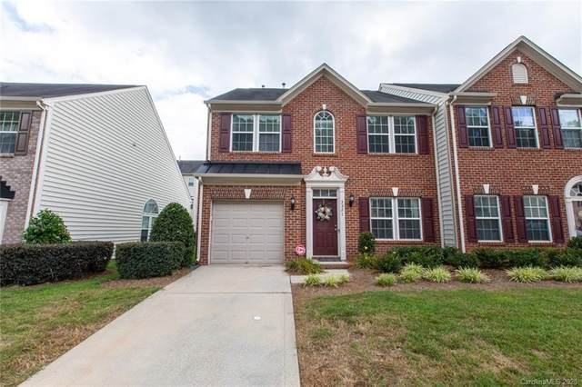 3221 Park South Station Boulevard, Charlotte, NC 28210 (#3647483) :: Robert Greene Real Estate, Inc.