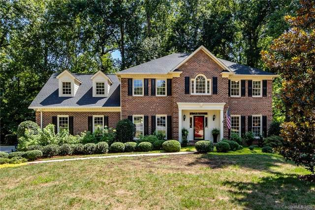 842 Stanhope Lane, Matthews, NC 28105 (#3647699) :: Puma & Associates Realty Inc.