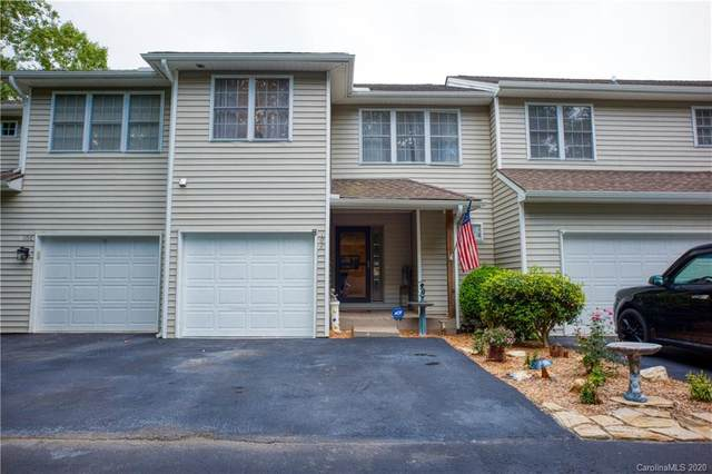 102 Grist Mill Drive, Hendersonville, NC 28739 (#3647761) :: Premier Realty NC