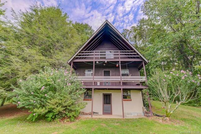 1446 Summer Road, Hendersonville, NC 28792 (#3647857) :: Rinehart Realty