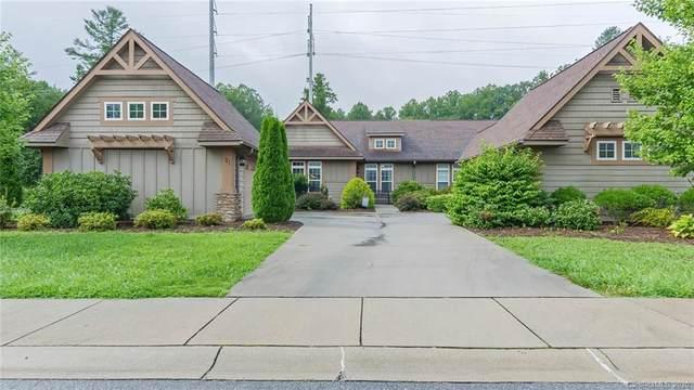 21 Foxtail Court, Hendersonville, NC 28792 (#3647895) :: Carver Pressley, REALTORS®
