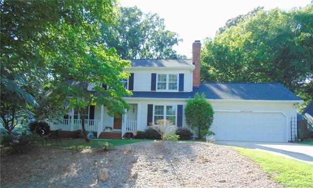 6838 Porterfield Road, Charlotte, NC 28226 (#3648290) :: Rinehart Realty