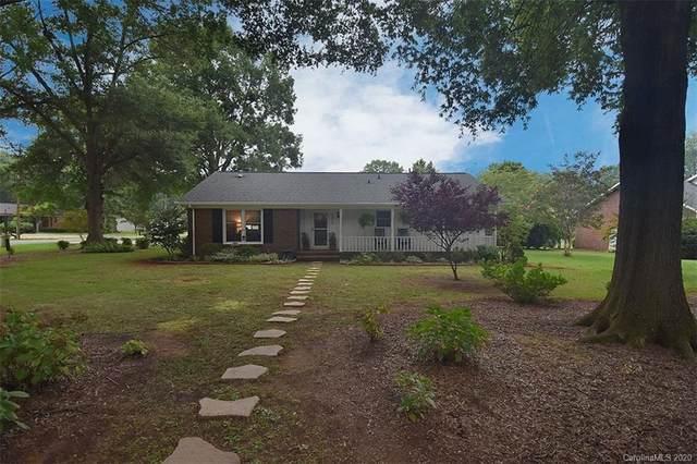 4326 Saquache Drive, Charlotte, NC 28269 (#3648400) :: Rinehart Realty