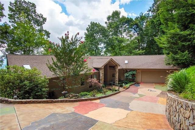16 Wild Dogwood Trail, Mills River, NC 28759 (#3648402) :: Johnson Property Group - Keller Williams
