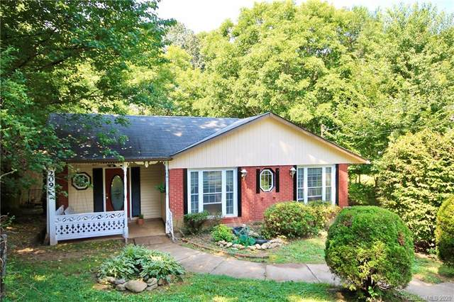 209 Melody Circle, Swannanoa, NC 28778 (#3648517) :: Keller Williams Professionals