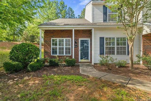 16933 Turning Stick Court, Charlotte, NC 28213 (#3648689) :: Rowena Patton's All-Star Powerhouse