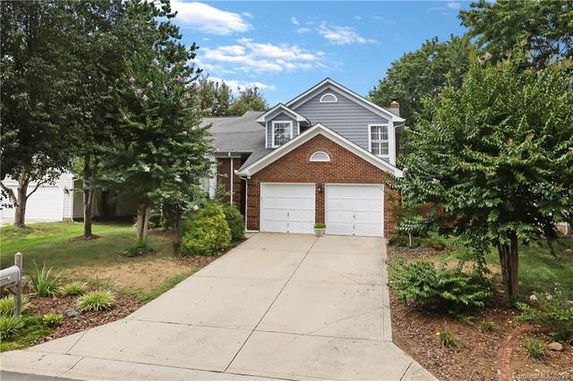6815 Oldecastle Court, Charlotte, NC 28277 (#3648902) :: Rinehart Realty
