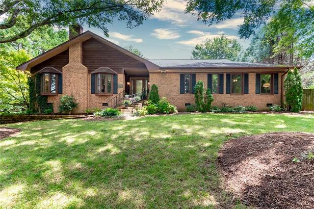 1046 14th Ave Drive NW, Hickory, NC 28601 (#3648969) :: Stephen Cooley Real Estate Group