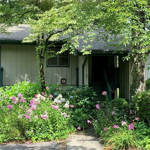 28 Toxaway Pointe #8, Lake Toxaway, NC 28774 (#3649026) :: Charlotte Home Experts