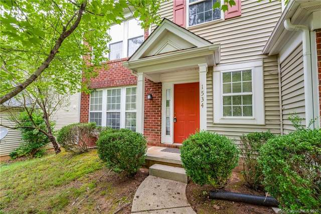 1534 Rumstone Lane, Charlotte, NC 28262 (#3649167) :: Ann Rudd Group