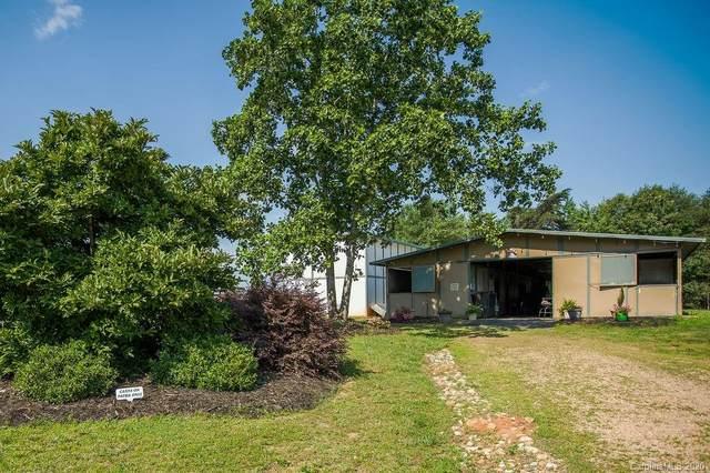 1896 Green Creek Drive, Tryon, NC 28782 (#3649209) :: Scarlett Property Group