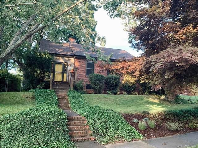 6 Enka Oak Street, Candler, NC 28715 (#3649246) :: Puma & Associates Realty Inc.