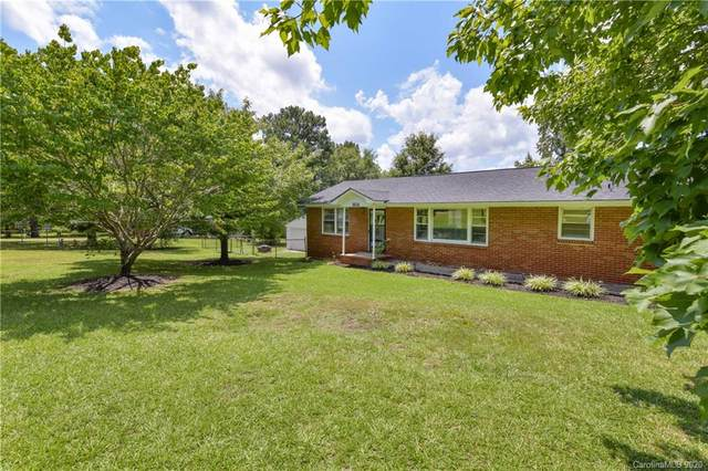 1514 Maplewood Avenue, Lancaster, SC 29720 (#3649274) :: Carlyle Properties