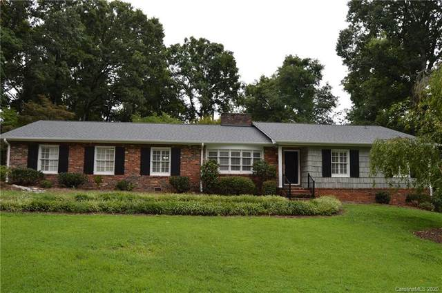 213 E Gleneagles Road, Statesville, NC 28625 (#3649285) :: Johnson Property Group - Keller Williams
