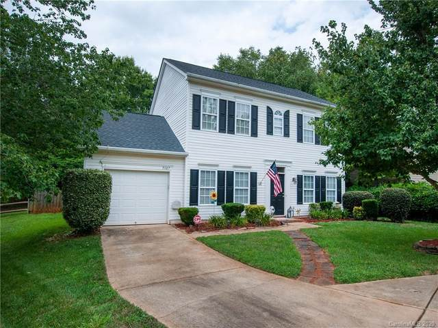 9107 Royal Highlands Court, Charlotte, NC 28277 (#3649310) :: Rinehart Realty