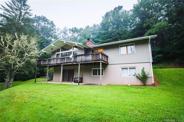 253 Wolf Den Road, Lake Toxaway, NC 28747 (#3649317) :: Besecker Homes Team