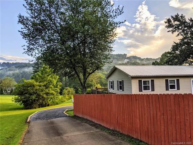 3648 Brevard Road, Hendersonville, NC 28791 (#3649323) :: Carlyle Properties