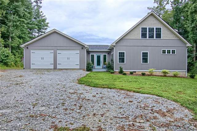 12 Dunleer Lane, Hendersonville, NC 28791 (#3649420) :: Caulder Realty and Land Co.