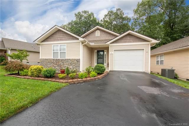 85 Clear Creekside Drive, Hendersonville, NC 28792 (#3649607) :: Zanthia Hastings Team