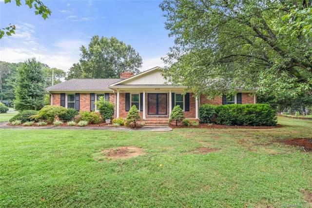 209 Brooklain Drive, Charlotte, NC 28214 (#3649770) :: Johnson Property Group - Keller Williams