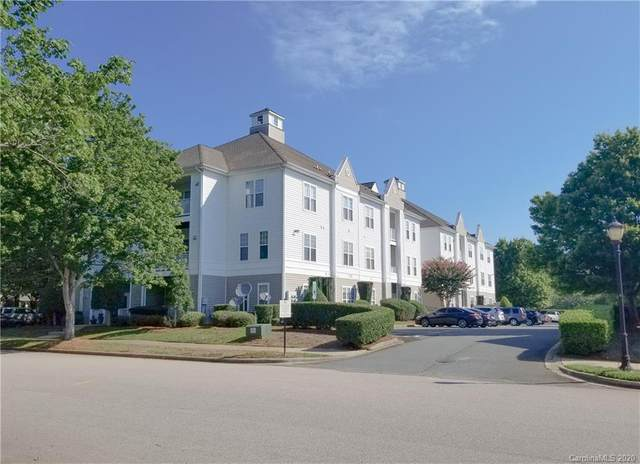 18710 Oakhurst Boulevard 2E, Cornelius, NC 28031 (#3649879) :: Johnson Property Group - Keller Williams