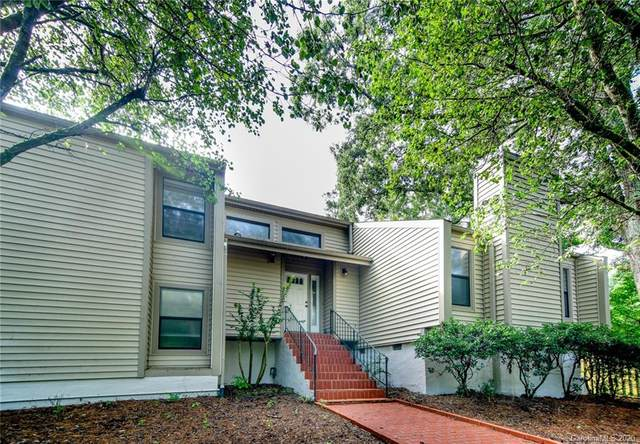 301 Old Bell Road, Charlotte, NC 28270 (#3649976) :: The Mitchell Team