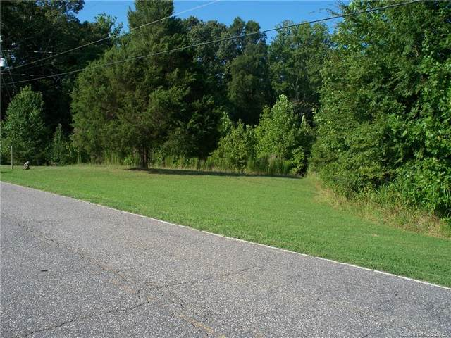 381 Roper Drive, Lincolnton, NC 28092 (#3650000) :: Miller Realty Group
