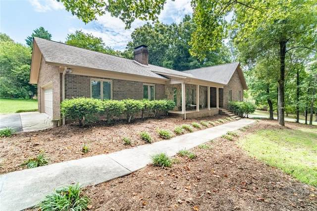 1428 Brandywine Road, Hickory, NC 28602 (#3650286) :: BluAxis Realty