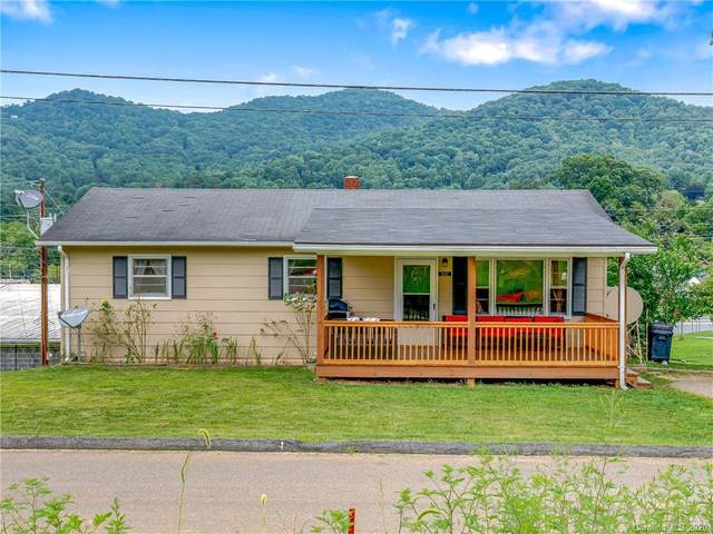 302 Pineola Street, Burnsville, NC 28714 (#3650562) :: Zanthia Hastings Team