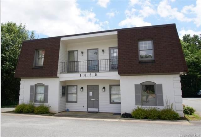 1320 Matthews Mint Hill Road, Matthews, NC 28105 (#3650677) :: Puma & Associates Realty Inc.