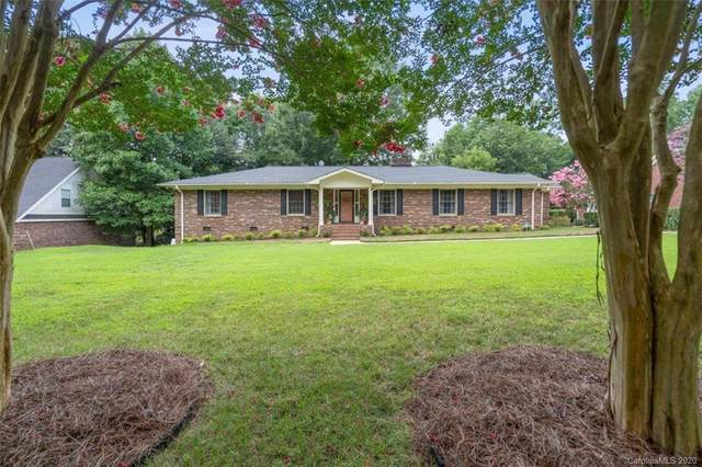 10310 Crestwood Drive, Charlotte, NC 28277 (#3650996) :: Stephen Cooley Real Estate Group