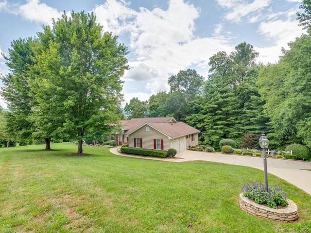 52 Beaumont Drive, Hendersonville, NC 28739 (#3651016) :: Caulder Realty and Land Co.