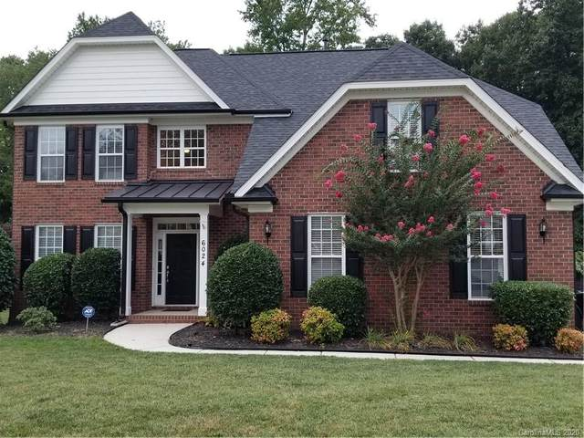 6024 Abergele Lane, Matthews, NC 28104 (#3651291) :: Puma & Associates Realty Inc.