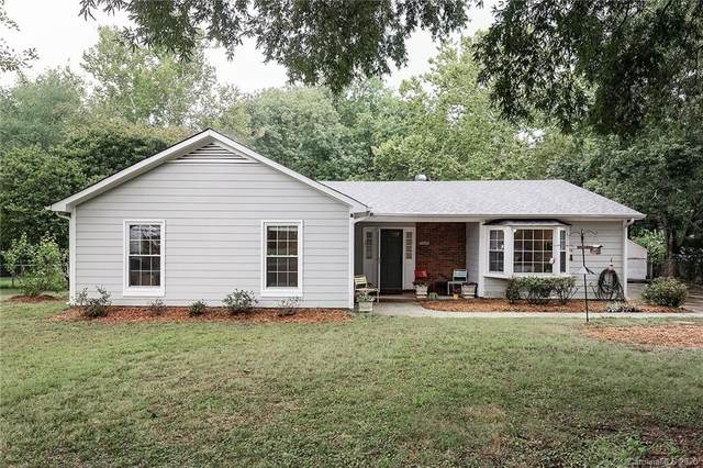 10917 Flat Iron Road, Charlotte, NC 28226 (#3651597) :: Premier Realty NC