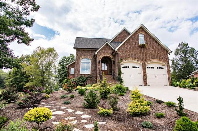 62 Divot Court, Hickory, NC 28601 (#3654216) :: LePage Johnson Realty Group, LLC