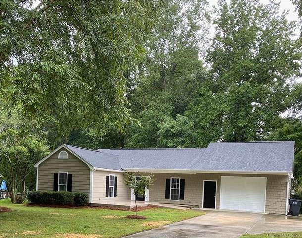 7201 Walnut Wood Drive, Charlotte, NC 28227 (#3654471) :: Rinehart Realty