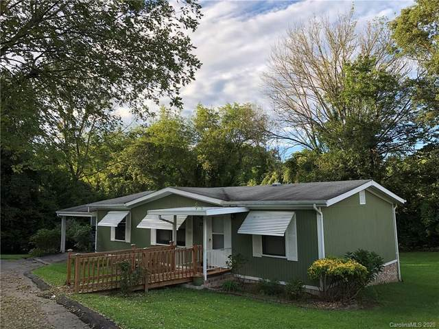 226 Cranbrook Circle, Hendersonville, NC 28792 (#3654613) :: Johnson Property Group - Keller Williams