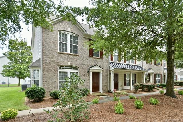 6152 Prosperity Church Road, Charlotte, NC 28269 (#3655039) :: LePage Johnson Realty Group, LLC