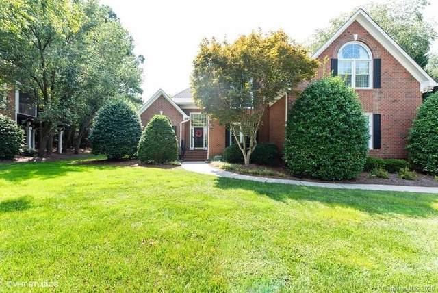 7613 Seton House Lane, Charlotte, NC 28277 (#3655359) :: Charlotte Home Experts