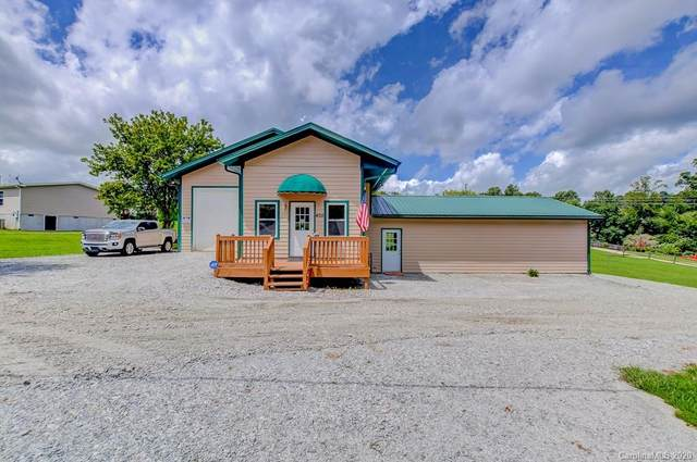 405 Zeb Corn Road, Hendersonville, NC 28792 (#3655408) :: Johnson Property Group - Keller Williams