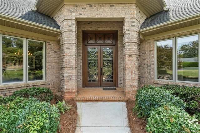 7 Old Fox Trail, Lake Wylie, SC 29710 (#3656614) :: Johnson Property Group - Keller Williams
