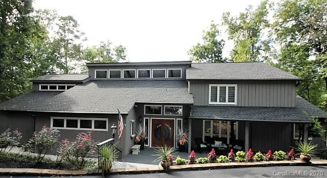 10 Catawba Ridge Road, Lake Wylie, SC 29710 (#3657144) :: Johnson Property Group - Keller Williams
