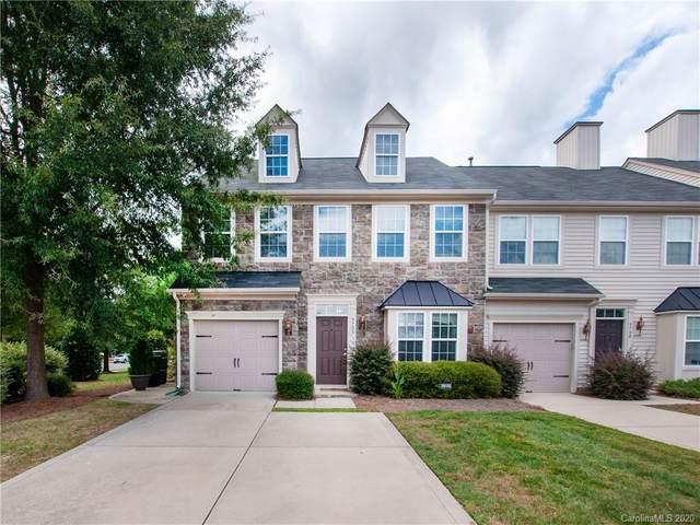 5705 Mossdale Lane, Charlotte, NC 28278 (#3658706) :: Johnson Property Group - Keller Williams