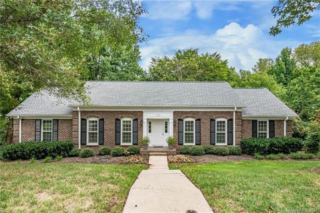 7400 Quail Hill Road, Charlotte, NC 28210 (#3658761) :: Caulder Realty and Land Co.