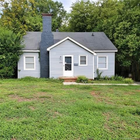 1024 Karendale Avenue, Charlotte, NC 28208 (#3659064) :: Johnson Property Group - Keller Williams