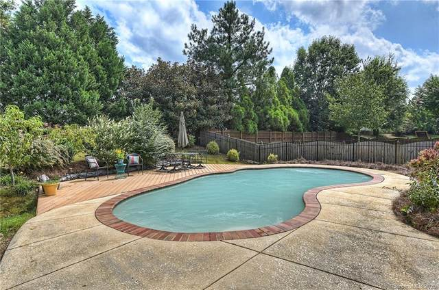 2322 Winthorp Ridge Road, Charlotte, NC 28270 (#3659247) :: Rinehart Realty