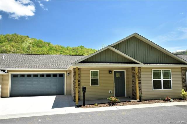 82 February Lane February Lane 27A, Waynesville, NC 28785 (#3659559) :: Homes with Keeley | RE/MAX Executive