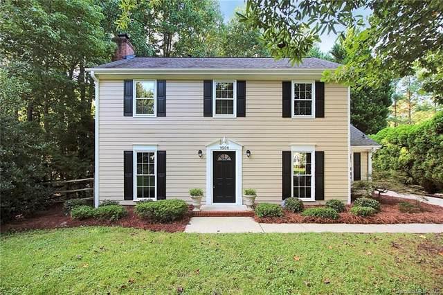 9508 Kent Village Drive, Charlotte, NC 28269 (#3660639) :: Keller Williams South Park
