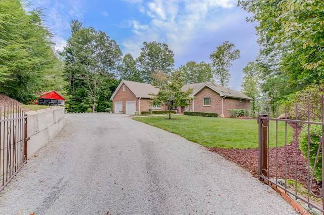 55 Corvis Lane, Flat Rock, NC 28731 (#3661134) :: Stephen Cooley Real Estate Group